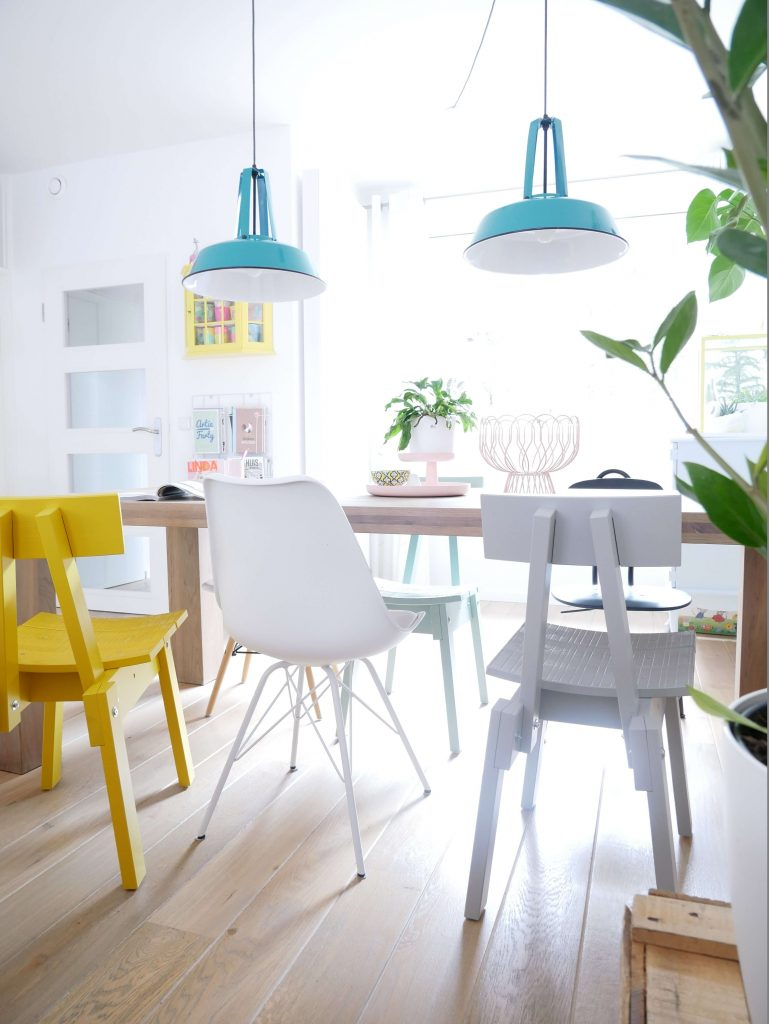Industriell stoel Ikea bij Roestompoes
